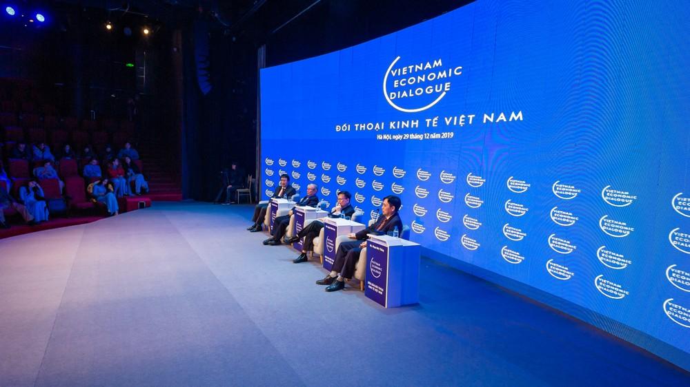 Diễn đàn Đối thoại Kinh tế Việt Nam VED Forum